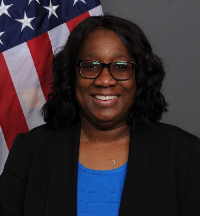 Zinnah Hellmann, a civil engineer with the Army Materiel Command's G-4 (Logistics), is the AMC Headquarters Employee of the Quarter for second quarter, fiscal year 2021. (U.S. Army Photo)