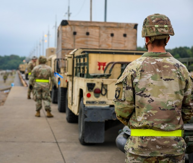 Soldiers assigned to 3rd Brigade Combat Team, 101st Airborne Division (Air Assault) have spent the last few weeks conducting railhead operations at the Fort Campbell Railhead as part of their encompassing mission of executing a Sea Emergency Deployment Readiness Exercise and then completing their rotation at the Joint Readiness Training Center at Fort Polk, Louisiana.
