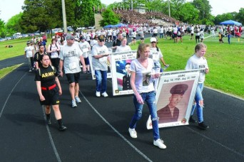 Gold Star family member dedicates life to depicting faces of the fallen