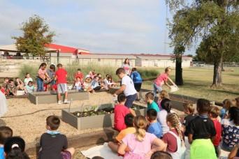 Fort Hood troops, community dedicate garden