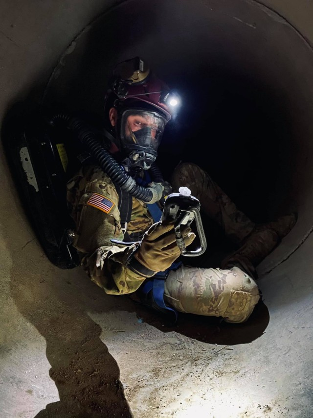 A Soldier from the 911th Technical Rescue Engineer Company trains during a platoon validation exercise at the military operations in urban terrain facility on Marine Corps Base Quantico, Va., in April 2021.