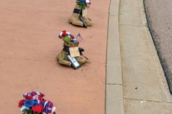 Carson spouses, veterans honor 13 fallen