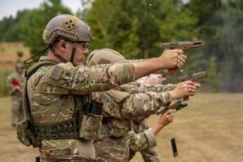 Arkansas, North Dakota Guardsmen win rifle, pistol competition