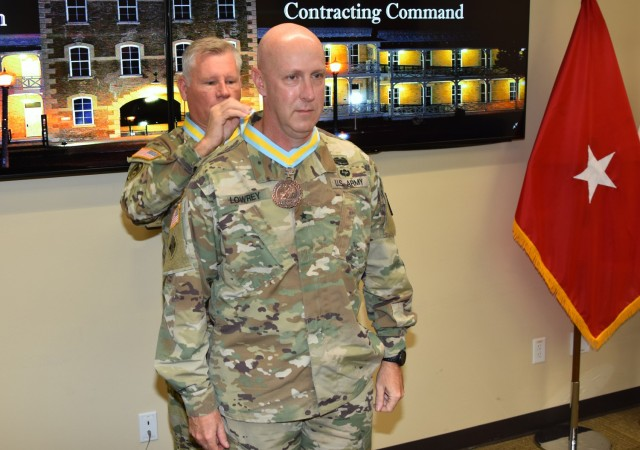 Infantry inducts MICC leader into Order of St. Maurice