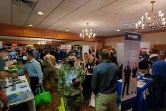 Fort Hood career fair draws 200 employers, 1,800 job seekers
