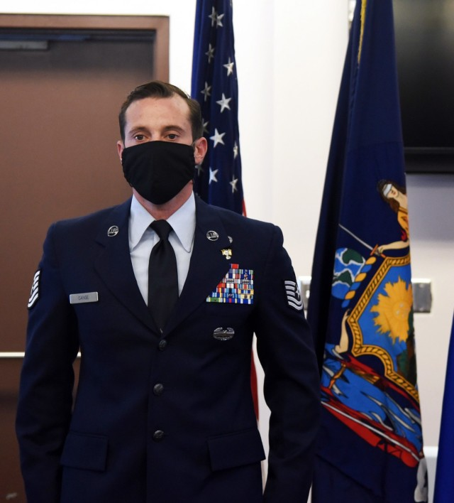 NYNG Soldier, Airman to attend Brazilian jungle training