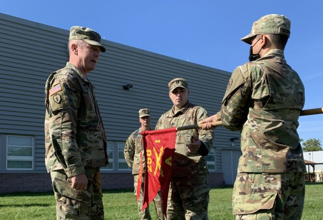 NYNG artillery battery recognized by Field Artillery School