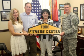 Honoring Gold Star Mothers and Families