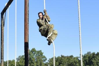 Fort Leonard Wood hosts Gateway Battalion ROTC cadets' fall FTX