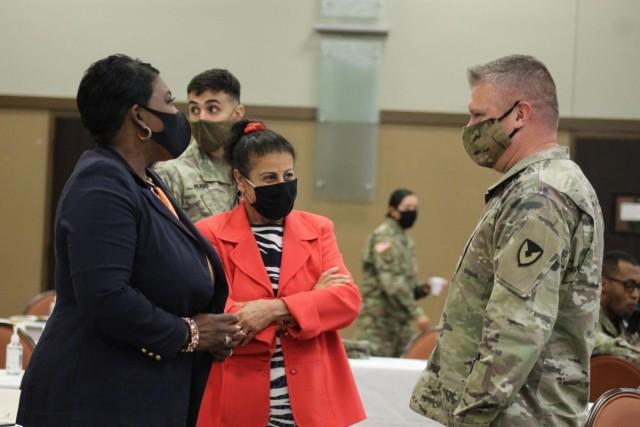 Meeting the Fort Hood Garrison Commander