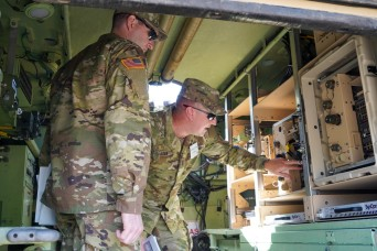 Army's upcoming ABCT network communications pilot demoed at industry partner event