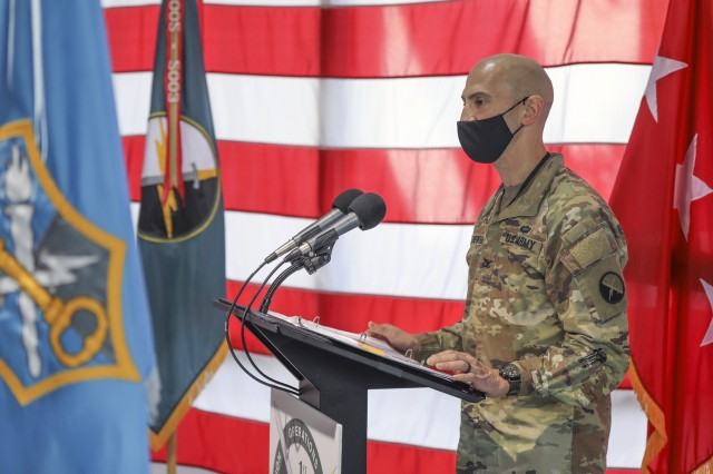 Col. Matthew Sheiffer, commander, 1st Information Operations (IO) Command (Land) addresses the audience during a transition of authority ceremony at Fort Belvoir, Va., Oct. 1, 2021.  During the ceremony full authority for 1st IO transferred from the U.S. Army Intelligence and Security Command to U.S. Army Cyber Command. (Photo by Ralph Van Houtem)