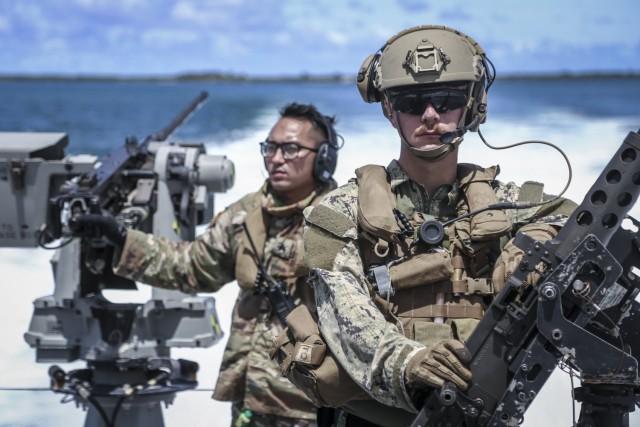 Guam National Guard, Navy conduct joint training at sea